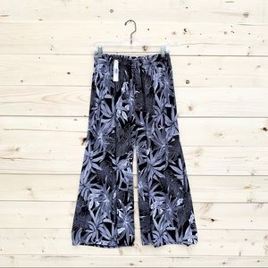 Pants - Brand New Floral Summer Crops